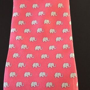 Vineyard Vines Accessories - Vineyard Vines elephant tie